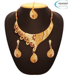Buy  Vendee Latest Trend Necklace 7656 necklace-set online