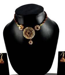 Buy rajasthani lakh necklase with earing with Rhinestones embedded maang-tikka online