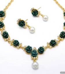 Buy BEAUTIFUL FLOWER CORAL NECKLACE SET WITH EARRINGS (GREEN) - PCN1047 Necklace online