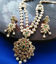 Buy Beautiful high gold plated stones necklace set curated-jewelry online