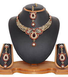 Buy Attractive Necklace Set necklace-set online