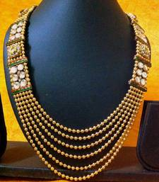Buy Unique and Stylish Kundan Necklace Set by Adiva ABJAY0HB0026 dds necklace-set online