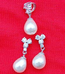 Pearl and AD Pendant Set shop online