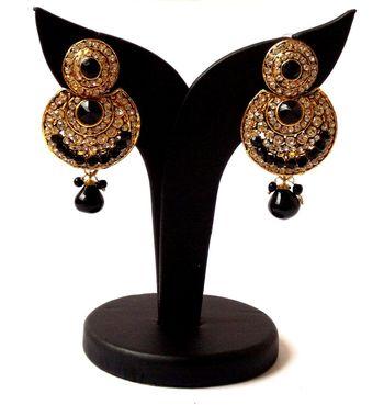 The Dazzling Jewel-Black