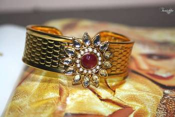 Polki dazzling adjustable Kada with Stone and pearls