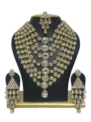 dazzling kundan necklaceset