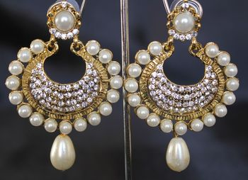 Beautiful Pearl and stone earrings
