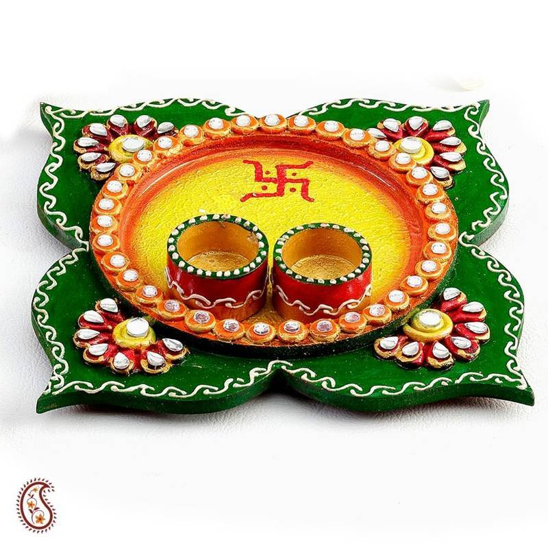 Buy clover leaf design wood and clay work pooja thali for Aarti thali decoration designs