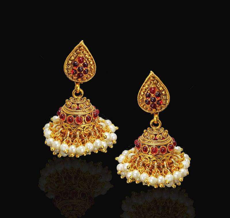 Buy Designer & Beautiful Golden Colour Red & White Pearl