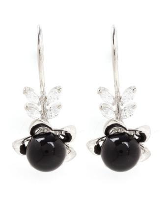 Aradhyaa Black Pearl Flower Earrings