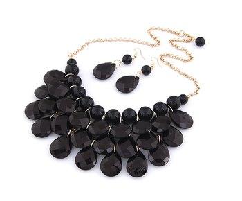 Tear Drop Necklace Set- Black