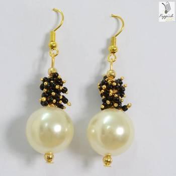 Black-Pearl Beauty Earrings