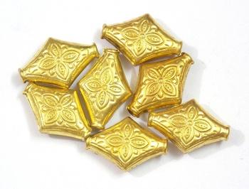 flower engraved golden bead