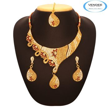 Vendee Latest Trend Necklace 7656