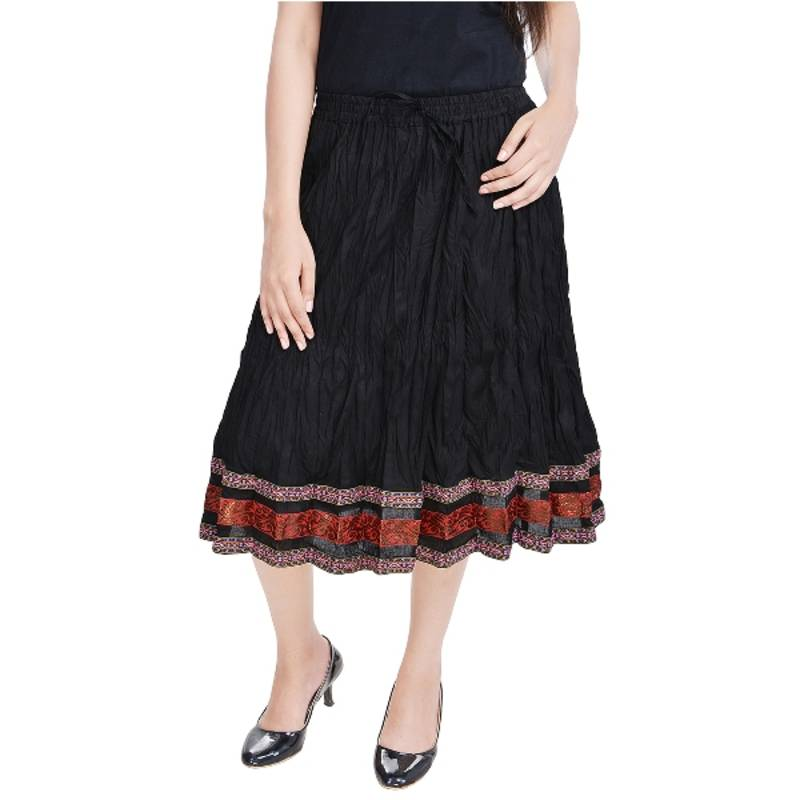 Long Skirts. A romantic walk on the beach, weekend brunch, a wedding or a first date—dress to impress in a long skirt. From free-flowing shapes to fun prints, find just the right look style for every occasion.