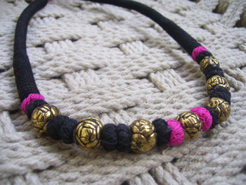 black pink rose bead necklace