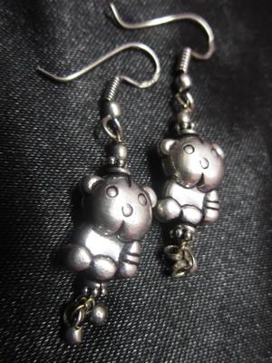 The teddy bear earrings