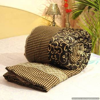 Cotton Stuffed Gold Print Premium Jaipuri Razai In Silk -27