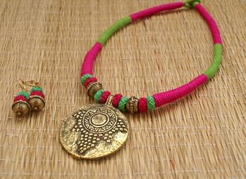 pink green thread choker