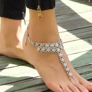The Silver Anklet with Toe Chain