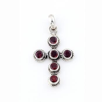 Elegant Handcrafted Garnet Pendant In Silver_03