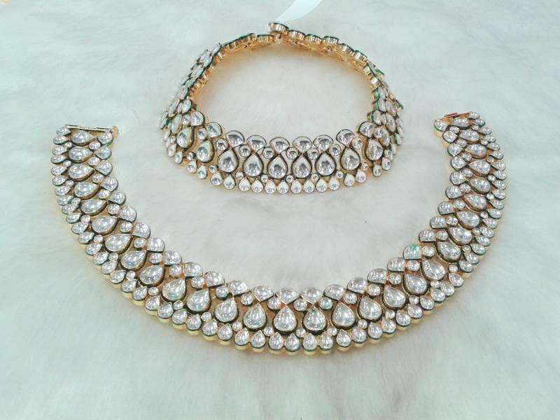 Buy RICH ROYAL LOOK BRIDAL PAYAL IN WHITE KUNDAN GOLD PLATED ...