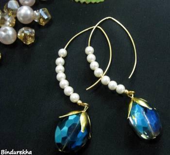 Designer_Hook_Pearl_Beads_Blue_Crystals