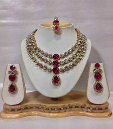 Buy Famous Crystal Jewelry Set in Pink ganpati-jewellery online