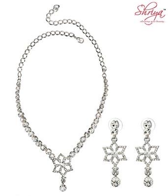 Shriya Beautiful Necklace Set