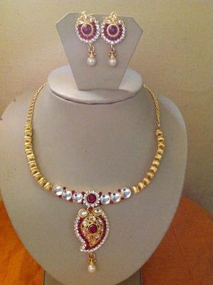 Kundan antique style stone work necklace set