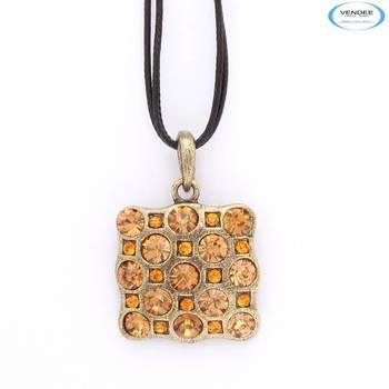 Golden fashion pendant jewelry