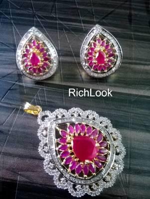 royal ruby pendent set