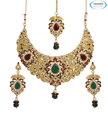 Bridal wear necklace jewelry