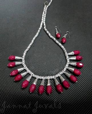 Metallic silver and pink drops necklace with earrings