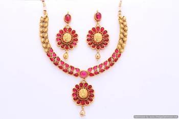 Exclusive Necklace Set 18