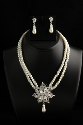 Two layer pearl mala with stylish star pendant with white pearl drops