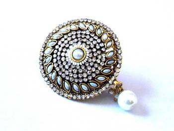 Fancy brooch