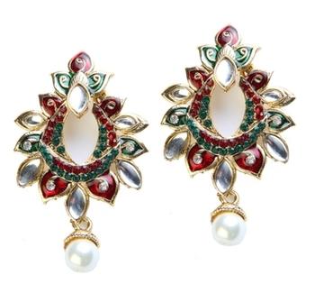 Dealtz Fashion Red & Green Festive Earrings