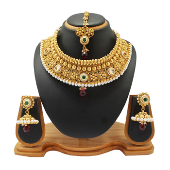 Maroon studded_jewellery Diamond necklace-sets