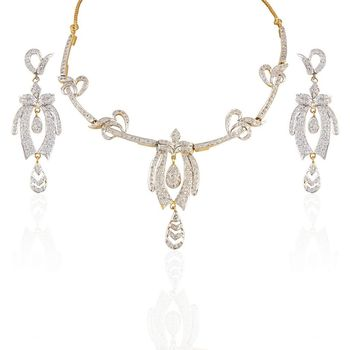 Heena Western Collection Necklace Set