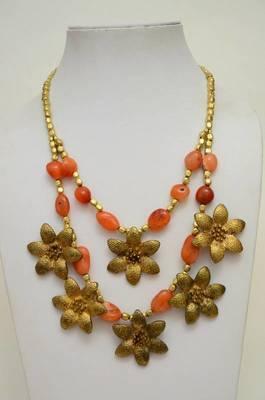 Blinging Stone and Metallic Necklace