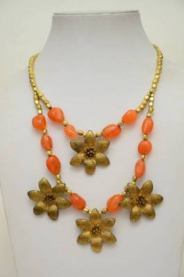 Flower Strung Stone and Metallic Necklace