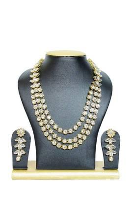 Stylish Triple Chain Kundan Jewelry Set in White
