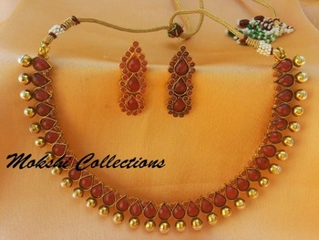 Lovely Red Necklace Set