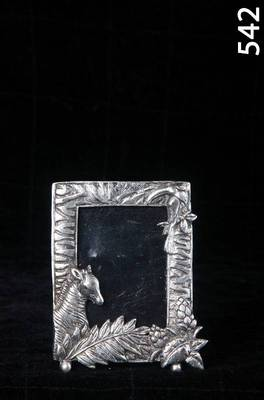 cute Photoframe with Horse in silver coated metal MuHeNeRa presents Athish collection 542