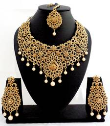 Buy Designer golden stone bridal necklace set with maang tikka pakistani-jewellery online