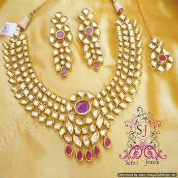 Beautiful Ruby Kundan Meenakari Necklace Set