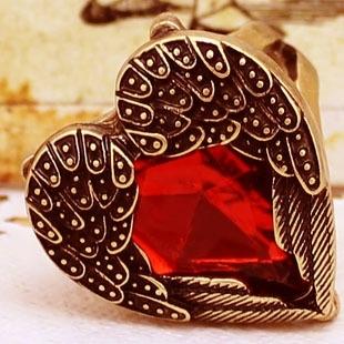 Red Rhinestone Heart Ring