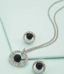 Buy Silver cubic zirconia pendants Pendant online