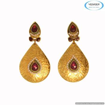 Vendee Gold plated stuning earring 6672